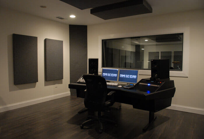 bass traps acoustic treatment example