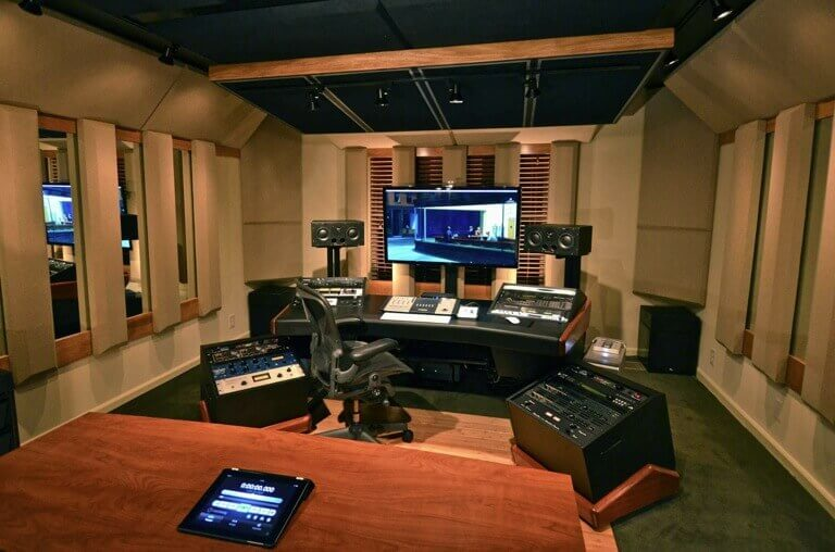 acoustic treatment mix room