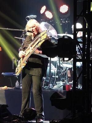 chris squire on triple neck bass