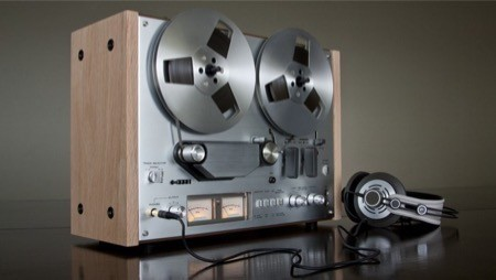 reel to reel tape player - where tape saturation originally came from