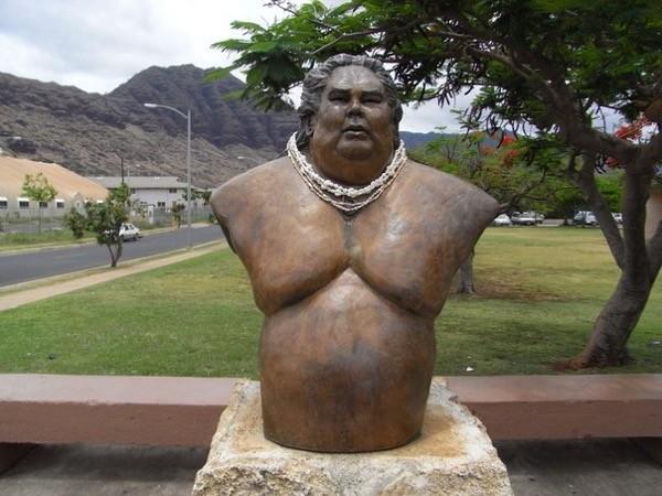 israel kamakawiwoole statue