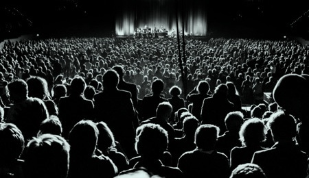 play live shows and concerts for money