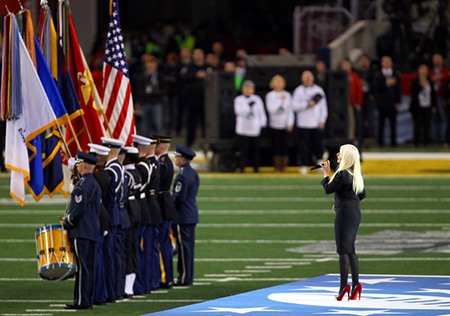 christina aguilera super bowl star spangled banner