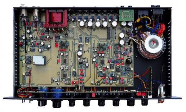 hardware eq internals