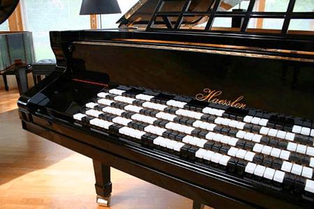 janko keyboard - strange instruments