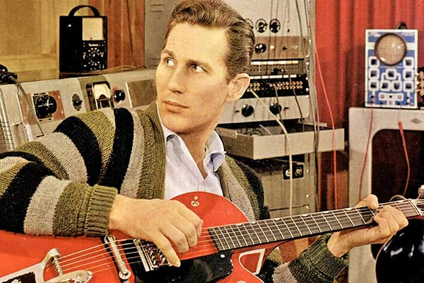 Chet Atkins holds a place in the guitar history books as one of the best of all time
