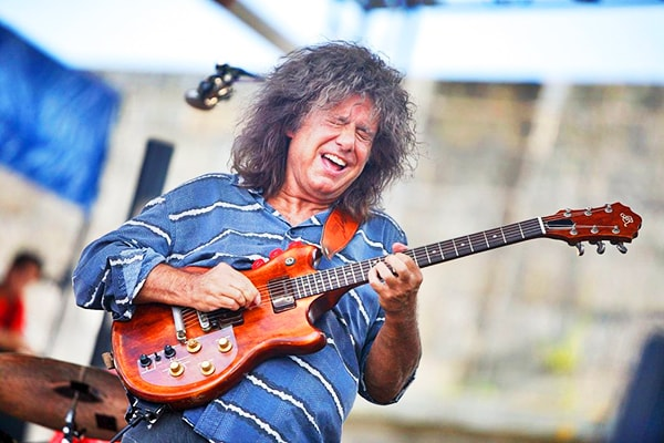 Pat Metheny has proven time and again that he is at the top of the list for best guitarists ever