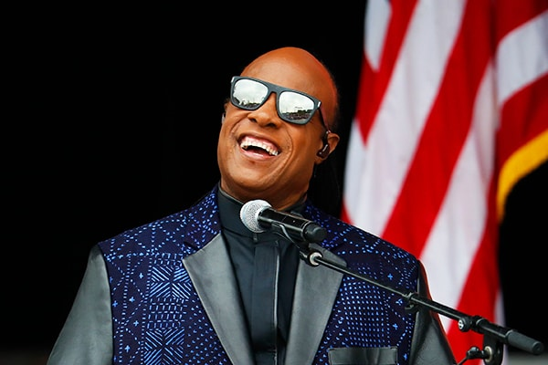 Steve Wonder is known for his piano playing skills but his singing is among the best as well.