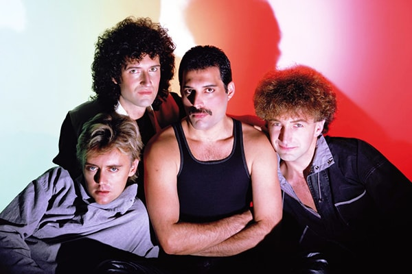 Queen is the most well-known arena rock band that everyone loves.