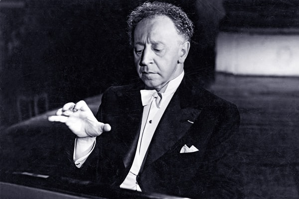 Arthur Rubinstein's piano playing skills are only topped by his exceptional auditory perception.