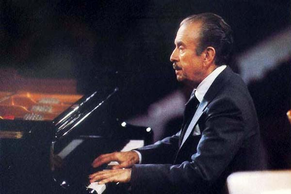 Claudio Arrau is one of the top pianists ever, appreciated for his unique tone and playing style.
