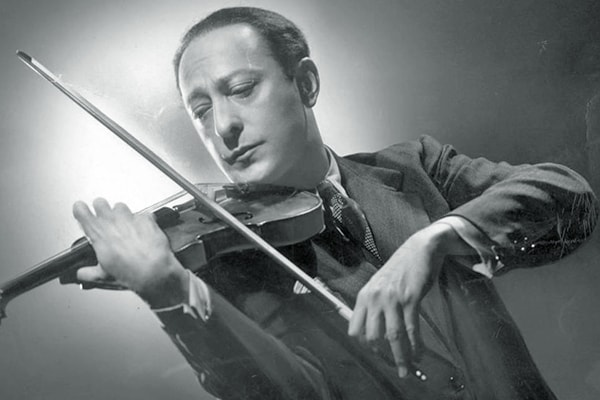 Jascha Heifetz has earned his spot as the best violinist of all time on our list purely based on his extra ordinary skill levels.